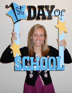 First Day of School Picture Frame  blogger says: I used Velcro to attach the sta