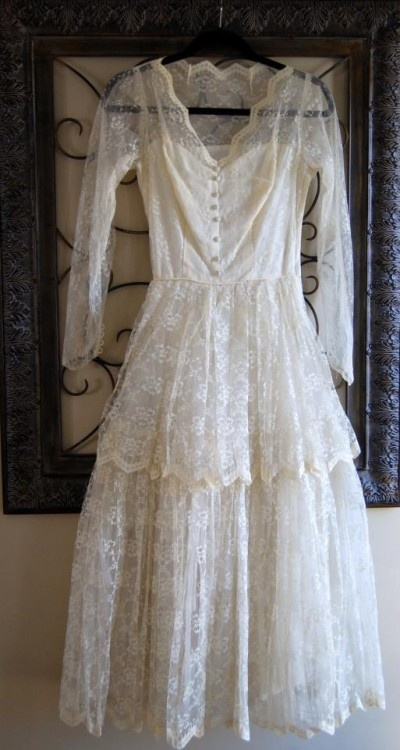 #Vintage #lace #wedding #dress #SocialblissStyle