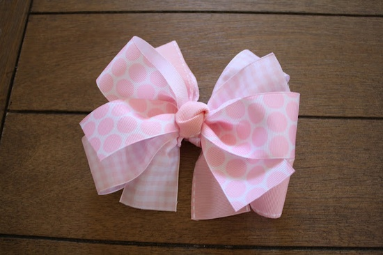 Easy DIY hair bows. I hope girls are in our future so I can make these. :)