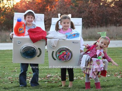 Homemade costumes! A whole website of hundreds of costume ideas.: