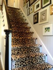 LOVE!! I wonder if my hubby would let me do this in our future home? :):