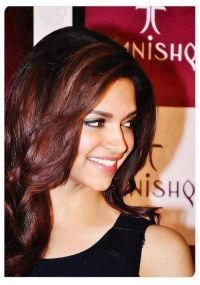 Deepika Padukone | Celebrity and celebrity styles ...