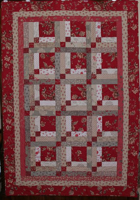 Quilt pattern is Upstairs and Downstairs a log cabin variation from the book Quilt Boutique by