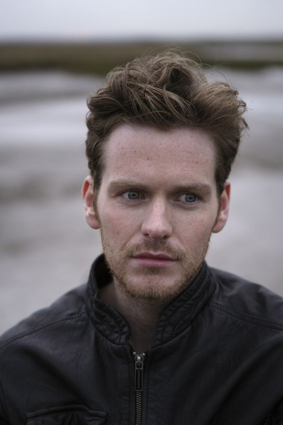 (Shaun Evans) As I said, his face is beautiful. I mean, look at his eyes: