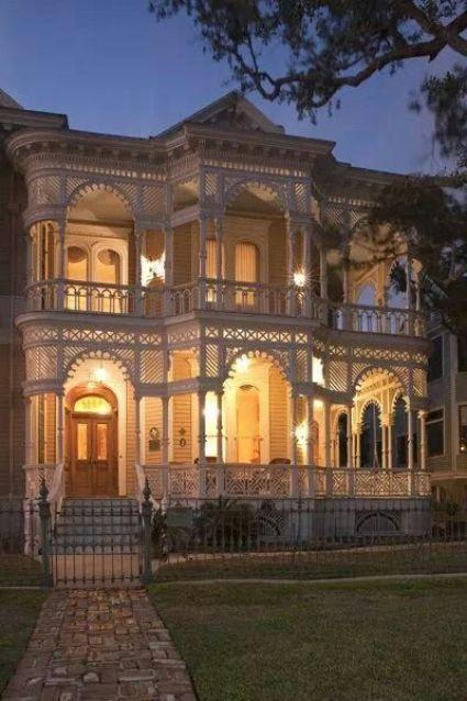 Victorian:
