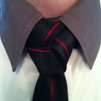 Trinity knot. Awesome designer tie from www.mentiesshop ...
