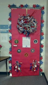 Door decorated for Veterans Day | 4th of July and other ...