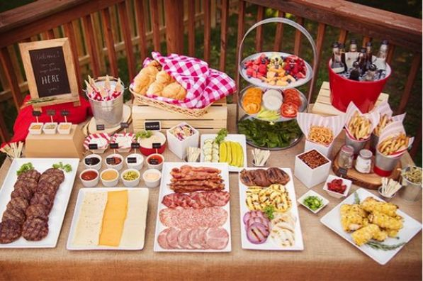 hamburger bar party | Useful Tips for a Labor-less Labor Day Party: