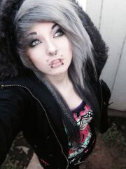 scene girl with silver hair silencexsamxcyanide