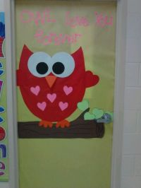Made this Valentines day door for my daughters classroom ...