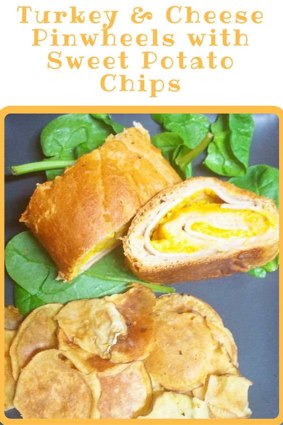 Looking for a warm and easy sandwich? Here is one that takes little effort and tastes delicious! What you need: 1 package refrigerator crescent rolls 8 slices deli turkey or ham 1 to 1 ½ cups shredded cheese (I used … Continue reading →:
