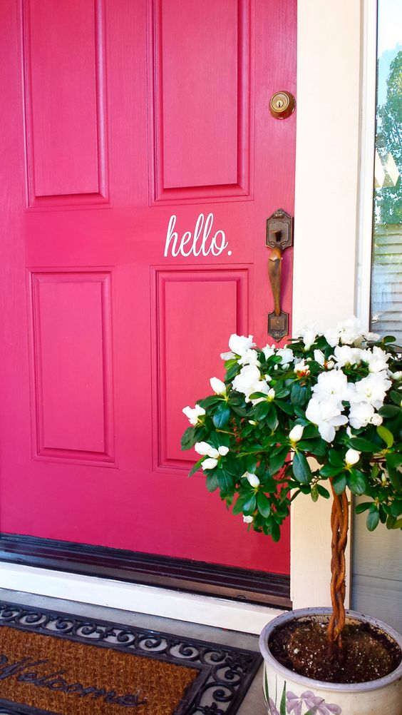 DIY Front Door Makeover | http://wallums.com/blog/new-designs/diy-hello-door-decal-before-and-after/: