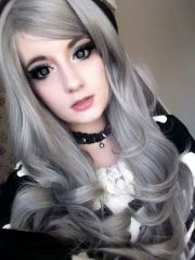 wavy silver hair and amazing anime