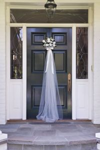Front door for a Bridal Shower - so cute! | Weddings ...