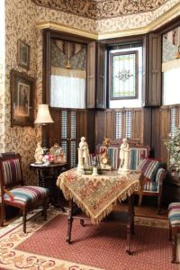 High Victorian Style. The parlour furniture, the pictures ...