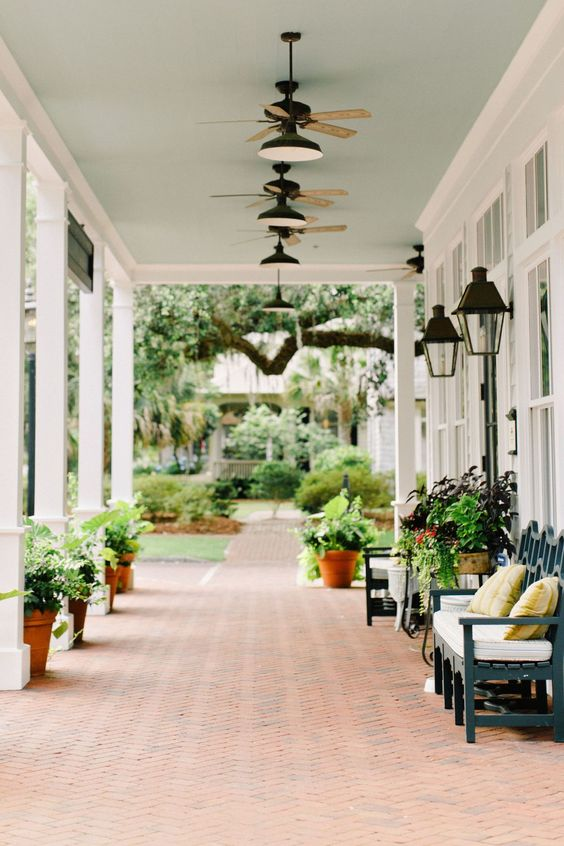 276fdac6bb6cc9475deea149a633ca31 5 Stylish Elements for Southern Front Porch