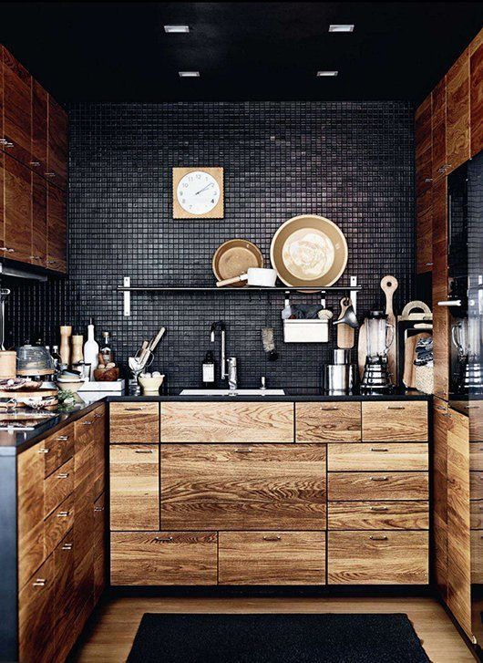 For Your Inspiration: 10 Beautiful Black Kitchens | Apartment Therapy: