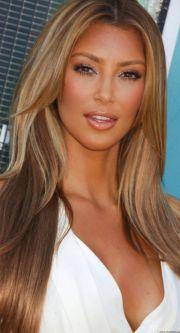 kim kardashian. lovey hair