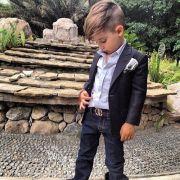 meet dressed boy instagram