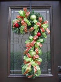 Candy Cane Wreath, Christmas Wreath, Candy Cane Decoration ...