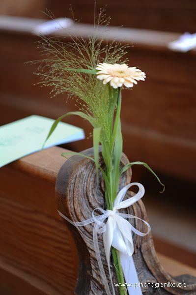 Hochzeit Kirchenschmuck Gerbera creme  Hochzeit