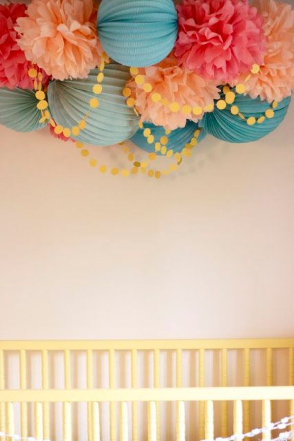 I am just in love with this room for a girl!! Come on end of March!! I need to know what this baby is!!: