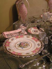 Pink christmas, Christmas tables and Royal albert on Pinterest