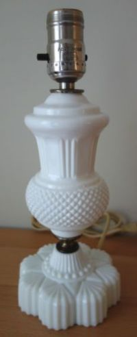Vintage-Westmoreland-Milk-Glass-English-Hobnail-Diamond ...