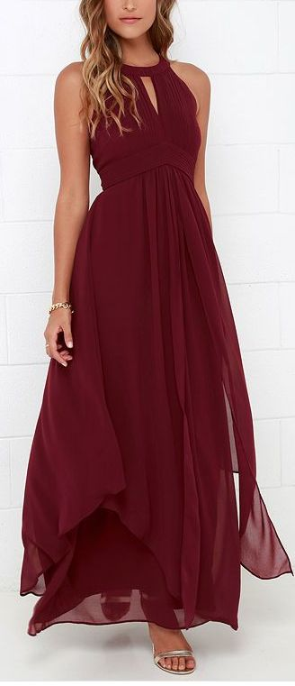 Maroon. Long dress. Flow. Waist. Neck line. Bare shoulders.: