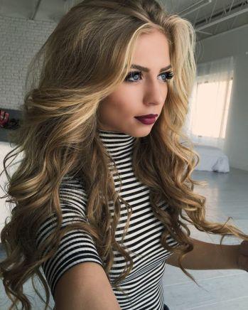 Big curls make such cute hairstyles for long hair!
