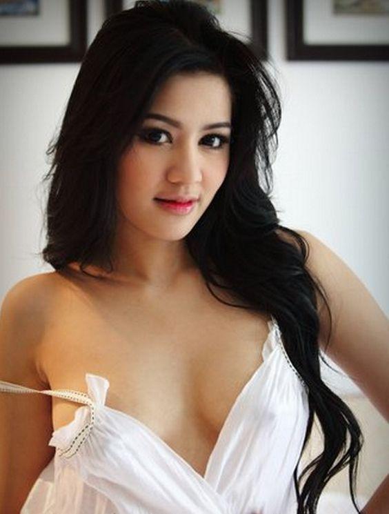 Foto Bugil Model Cantik Indonesia Payudara Mulus Foto Bugil Model Cantik Indonesia Payudara