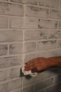 How to: brick panelling and white wash technique
