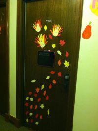 Thanksgiving / fall dorm door decoration   My Drawings ...