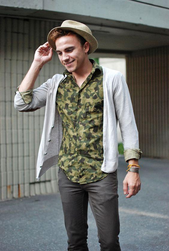 カモフラシャツシャツコーデ