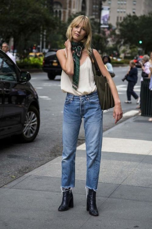 NYFW street style: These are the trends you'll be wearing next: Cropped jeansDespite the 30-degree-plus weather in New York, a specific cut of denim has been making the rounds at fashion week: straight and cut right above the ankle. Bonus points if they're frayed.: