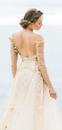 33 Whimsical and Ethereal Wedding Dresses for Fairy Tale ...