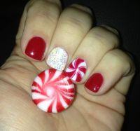 Holiday peppermint glitter gel manicure | Nail design ...