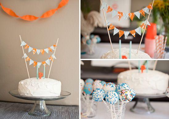DIY feestdecoratie | slinger cake toppers, taart slingers