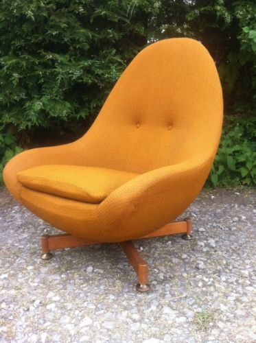 Vintage Retro Greaves And Thomas Egg Chair Spinning