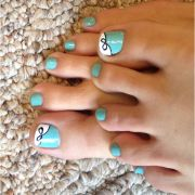tiffany blue painted toes