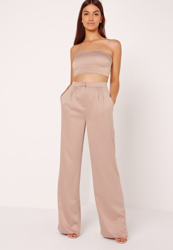 Missguided - Satin Wide Leg Trousers Nude:
