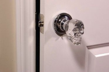 Skull door knobs: creepy or the best thing ever? | Offbeat Home More: