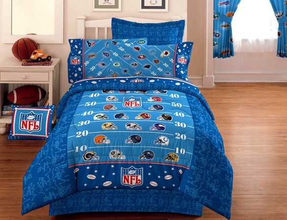 Nfl Football On The Field Bedding Comforter Twin
