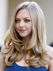 great hair #amandaseyfried style