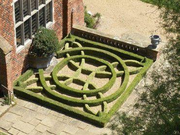 Tudor Knot Garden, introduced to England by the Duke of Buckingham: