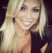 makeup blondes brown eyes