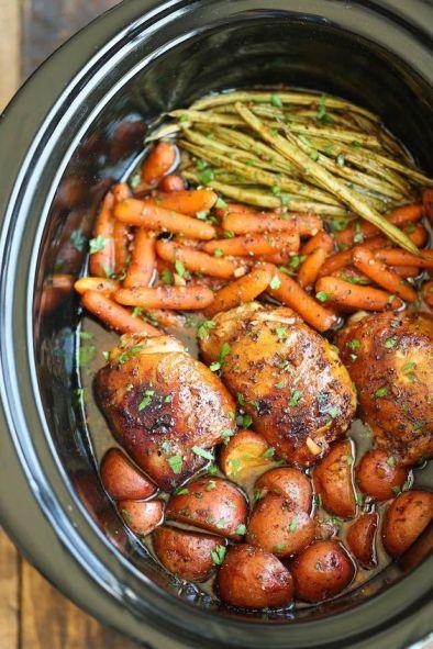 Slow Cooker Honey Garlic Chicken and Veggies: