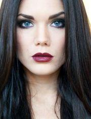 black hair blue eyes - linda hallberg