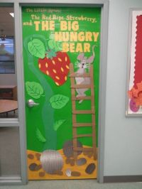 """Door decoration for the book """"The Little Mouse, The Red ..."""