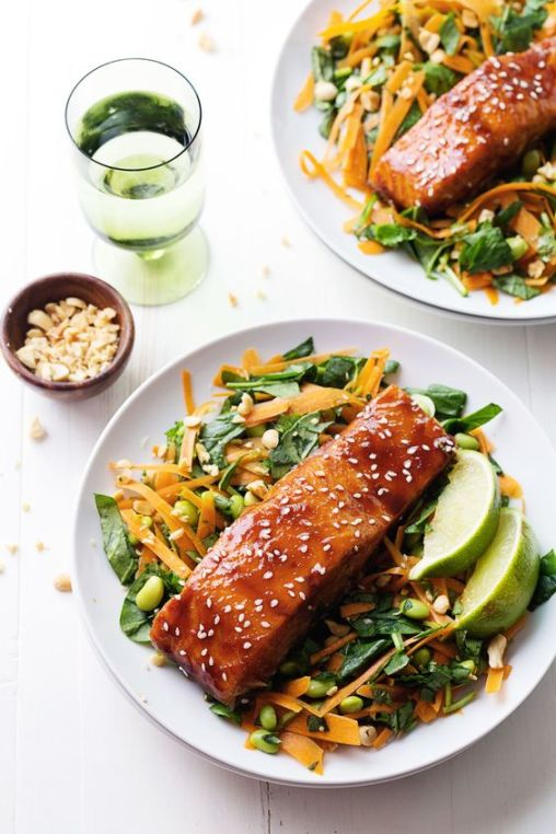 Simple Hoisin Glazed Salmon - a super easy homemade glaze makes this salmon extra yummy! 300 calories. | pinchofyum.com #healthy #salmon #recipe: